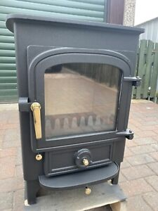 Clearview Pioneer 400 Log Burner Wood burning 5 kw  Multifuel Stove Fire