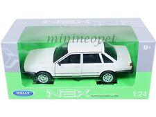 WELLY 24036 VW VOLKSWAGEN SANTANA 1/24 DIECAST WHITE
