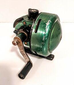 Vintage Johnson Century Model 100-A Spincast Reel