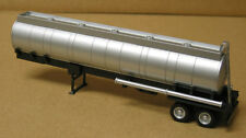 Promotex/Herpa #5287 HO dual axle round chemical tank trailer, undecorated