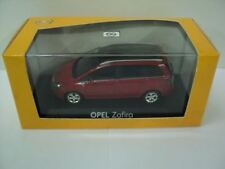 GENUINE Vauxhall Zafira B (Red) 1:43 Diecast Model Car by Minichamps