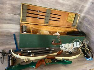Vintage Marksman KG1 recurve Bow in wooden box