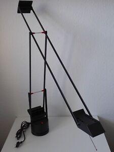Artemide Tizio Design R. Sapper Schreibtischlampe, schwarz