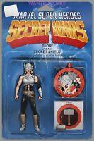 Secret Wars  #1 Thor Action Figure Variant  Marvel Comic 1st Print 2015 NM
