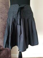Ralph Lauren Polo Jeans Co Black A Line Skirt Pleat Full Womens Tie Waist Size M