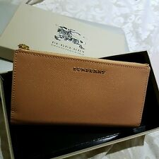 Burberry women wallet -genuine - NEW