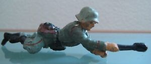Soldier Old IN Composition Elastolin Rampant With Grenade