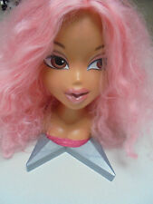 PINK Hair Bratz Styling Head 2002 MGA Entertainment Hairdressing Style Head Doll