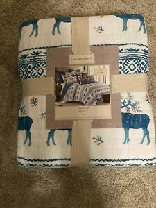 "Arteboema Trailhead Quilt Twin 68"" x 86"" Blue and White Reindeer"