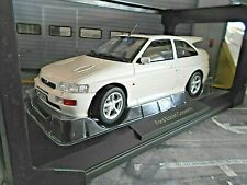 FORD Escort Cosworth RS Street white weiss 1992 NEU ! 182776 Norev 1:18