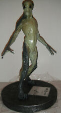 Extremely Rare! The X Files Movie Fight The Future Alien Figurine LE Statue
