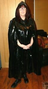 shiny black pvc plastic rain cape with hood regenmantel TV fit fetish