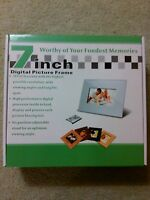 Digital Picture Frame 7 Inch with Remote Control Brand New In Box
