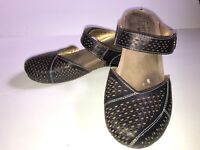 L'Artiste by Spring Step Women's Slip on Clog Black sz 39  us 8.5  2 in heel $90