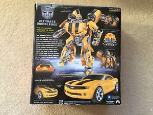 2007 Transformers Ultimate Bumblebee