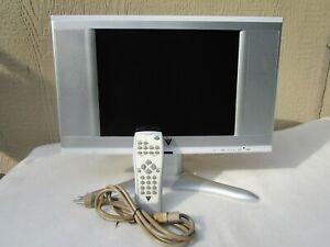 """VIZIO 13"""" FLAT SCREEN TV REMOVEABLE CORD AND REMOTE L13"""