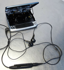 Sanyo ES P7 Stereo Walkman Cassette player dunkelblau  Vintage  sehr selten TOP