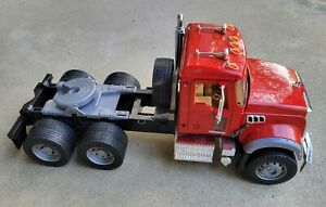 "2007 Bruder Mack Granite Semi Tractor Truck 1:16 Scale 19"" Long No Trailer"