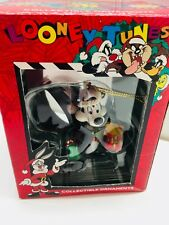 1996 Vintage Looney Tunes Pepe Le Pew Christmas Ornament  Matrix 22718