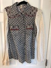 NWT Gimmicks by BKE The Buckle Embroidered Studded Lace Washed Shirt Top Medium