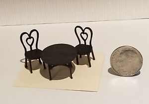 """1;48 INCH """" ICE CREAM TABLE AND TWO CHAIRS """" KIT"""