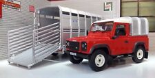 Land Rover Defender SWB 90 & Ifor Williams Sheep Trailer 1:32 Britains Model