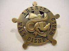 Mickey Mouse SHERIFF Walt Disney World 3-D Disney Pin