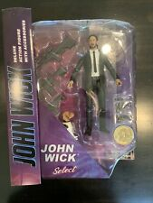 New listing John Wick - Weapon & Dog - Diamond Select Toys Keanu Reeves With Coin