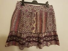 Ref 311 - DOROTHY PERKINS - Ladies Womens Girls Purple Pink White Skirt Size 10