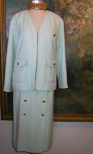 CHANEL Skirt SUIT Turquoise Tweed Boucle Jacket 17 Gold COCO Buttons Blazer 40 8
