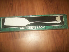 WM. Rogers and Son Silver Plated Lasagna Server Spatula New Sealed Ornate 1997