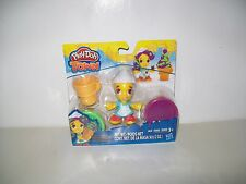Play-Doh Town Ice Cream Girl Figure Play Set New