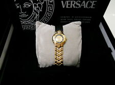 AUTHENTIC BEAUTIFUL GIANNI VERSACE 076 SOLID 18K GOLD AND DIAMOND WATCH