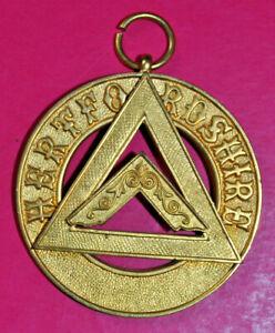 Hertfordshire Past Provincial Assistant Grand Sojourner Chapter jewel masonic