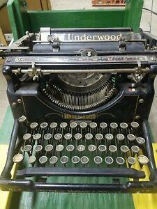 Vintage UNDERWOOD TYPEWRITER No.5