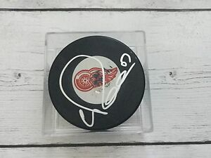 Valtteri Filppula Autographed Signed Detroit Red Wings Hockey Puck a