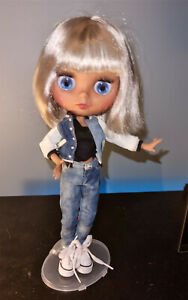 Blythe Jointed BJD Doll Wears Jacket, Jeans & Sneakers 4 Colour Eyes Extra Hands