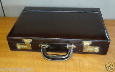 11491 Vintage  Airway Briefcase Attache Case ~ Retro Case  ~ with Combo Lock