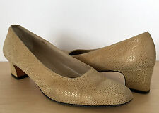 SALVATORE FERRAGAMO Metallic Gold Suede Spotted Leather Pumps Heels Size 7 AA