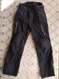 Rev'it Tornado Pants Men's S / EU 46 Black   includes lining, Great Condition!
