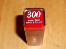 1 COVERGIRL COLORLICIOUS LIPSTICK 300 GARNET FLAME tip flaw