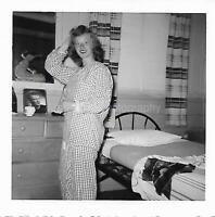 PAJAMA GIRL Vintage FOUND PHOTOGRAPH bw YOUNG WOMAN Original Snapshot 03 14 P