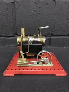Mamod steam engine SE2, reversing version, Whistle.