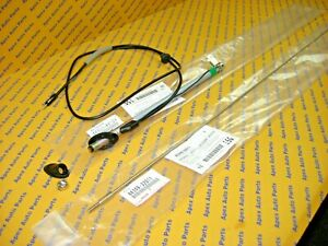 Toyota Pickup 4Runner Manual Antenna with Pole and Top and Nut 1990-1995 OEM