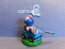 SMURF -- NWT --  Baby in wood log car