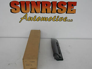 1995-2001 CHEVROLET GMC OLDSMOBILE RIGHT SIDE LUGGAGE ROOF SUPPORT GM 12546697
