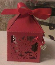 YANKEE CANDLE CHRISTMAS GARLAND VOTIVE SAMPLER IN CHRISTMAS SNOWFLAKE GIFT BOX