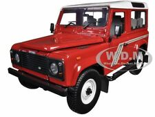 LAND ROVER DEFENDER 90 COUNTRY STATION WAGON TDI RED 1/18 UNIVERSAL HOBBIES 3880