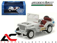 GREENLIGHT 86308 1:43 1944 JEEP WILLYS UNITED NATIONS UN WHITE W/ CASE