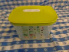Tupperware FridgeSmart Small Deep Container w/ vegetable print & Green Lid :.